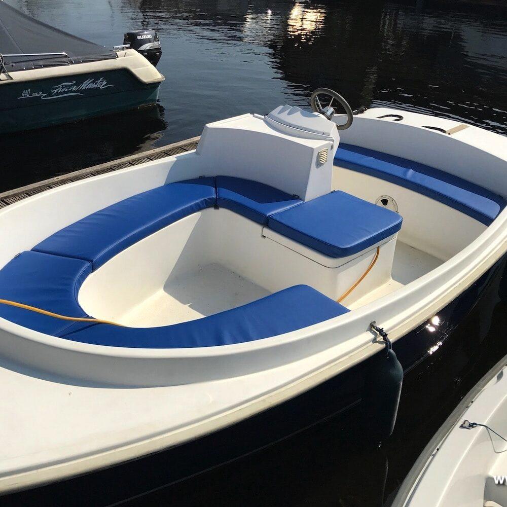 blauwe bootkussens op maat gemaakt van silverguard kunststof